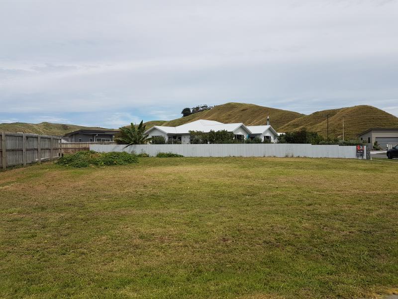 7 Tuamotu Park, Wainui